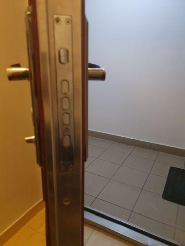 biztonsági ajtó, biztonsági ajtó Budapest, kínai biztonsági ajtó, kínai biztonsági ajtó Budapest